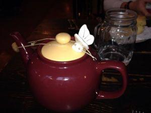 An Alice's Teapot